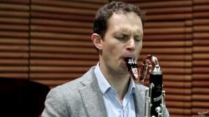 Vincent Penot plays: + 1 3/4 by Francisco Mignone
