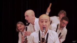 Les Bons Becs : Contrabajeando - A. Piazzolla -